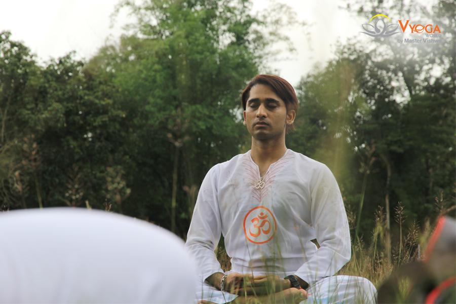 Yoga Dã Ngoại Ngoài Trời - Madagui 2016
